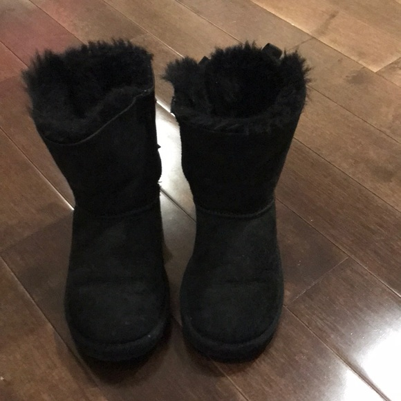 a3cbcfafe07 Toddler Uggs size 10